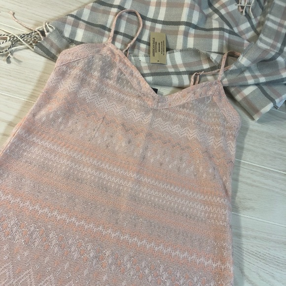 American Eagle Outfitters Tops - Sheer baby pink American eagle cami size S NWT